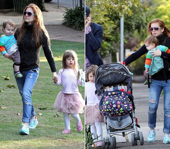 Olive 2007 októberében, Elula Lottie Miriam 2010 augusztusában született.
