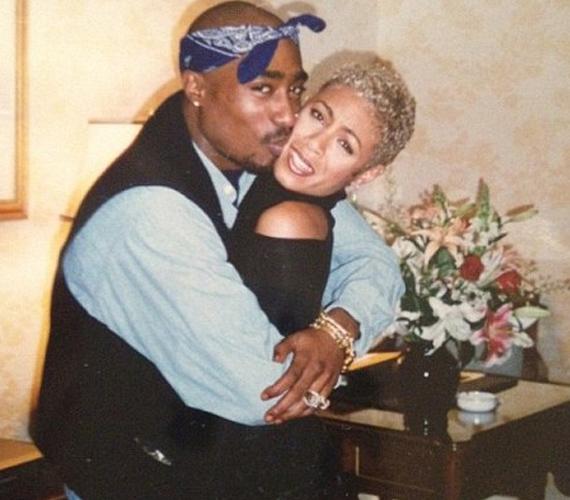 Tupac Shakurral osztálytársak voltak, később pedig jó barátok lettek. Jada Pinkett többször is megírta a Twitteren, mennyire hiányzik neki a zenész.