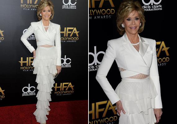 Kivillantotta lapos hasát ebben a szűk, hófehér ruhában. Jane Fonda mindig bebizonyítja, hogy nem csak huszonévesen lehet valaki stílusos.