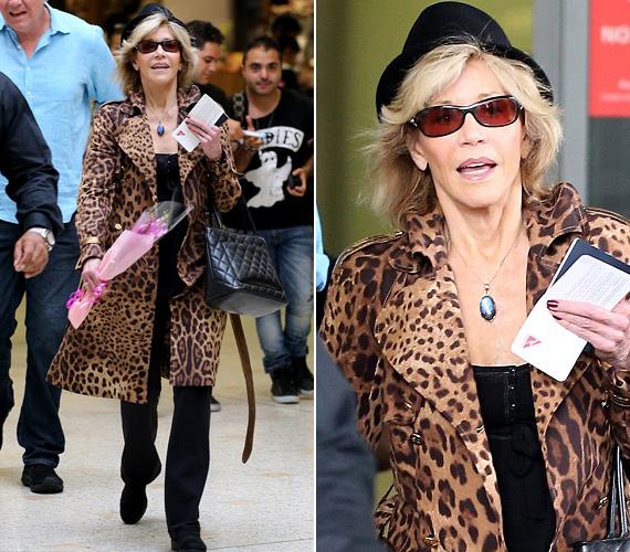 A kétszeres Oscar-díjas színésznő üzleti célból érkezett Sydney-be, a leopárdmintától pedig nem tudott szabadulni.