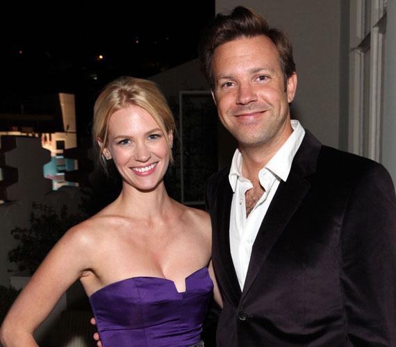 A csinos színésznő 2010 júliusa és 2011 januárja között a humorista Jason Sudeikis barátnője volt - sokak szerint ő lehet gyermeke apja.