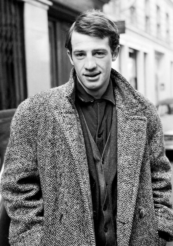 Karrierje csúcsán imádták a nők a jóképű francia színészt, ő mégis csak két nőt szeretett igazán egész életében - Elodie Constantint ést Nathalie Tardivelt, akiket el is vett feleségül.