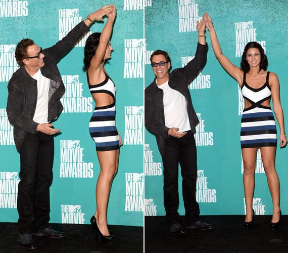 Nem tudni, hogy a színész lánya magasságát, sudár alakját akarta-e hangsúlyozni, vagy a karcsúságára szerette volna felhívni a figyelmet.