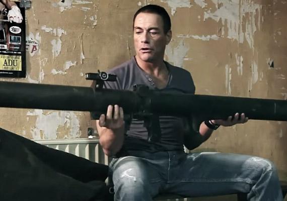A DVD Amnesty reklámjában is érdekes szereplése volt.