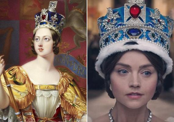 A rossz nyelvek szerint Jenna Coleman csak a Harry herceggel történt afférja miatt kapta meg a szerepet. A sorozat legfrissebb promóciós fotóját elnézve ők is beismerhetik, hogy a színésznő kiköpött hasonmása a fiatal Viktória királynőnek, és valószínűleg inkább ennek köszönheti, hogy őt választották.