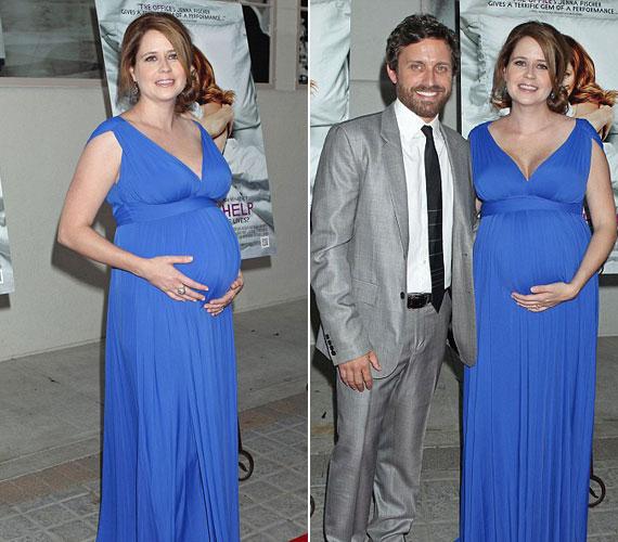 Jenna még nagy pocakkal is elbűvölő, legutóbb az A Little Help című romantikus dráma ünnepélyes premierjén jelent meg, férje oldalán.