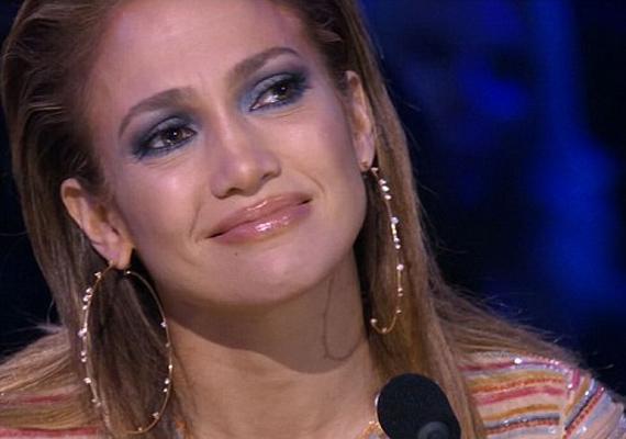 Jennifer Lopez nem sokat mesélt a gyerekkoráról, az is most derült ki, hogy - feltehetően az egyik családtagja - számos alkalommal megverte az énekesnőt.