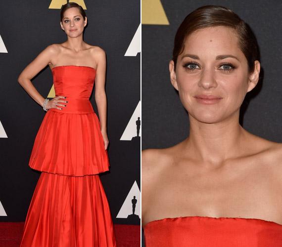 Marion Cotillard vörösChristian Dior ruhájában tündökölt.