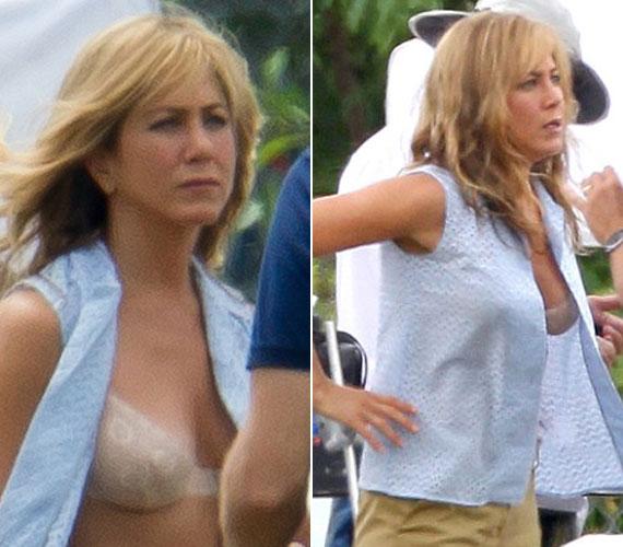A We're the Millers című filmjében egy lompos, rosszul öltözött prostituáltat alakít, akinek azonban dekoltázsa a hétköznapi melltartó ellenére is figyelemfelkeltő.