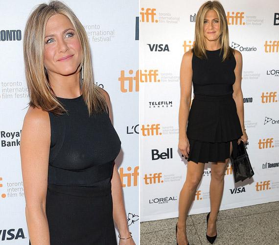 Jennifer Aniston a torontói filmfesztiválra érkezett melltartó nélkül.