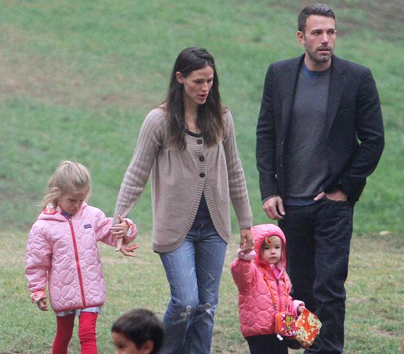 A sztárpár első gyermeke, Violet Anne 2005 decemberében, míg Seraphina Rose Elizabeth 2009 januárjában látta meg a napvilágot.