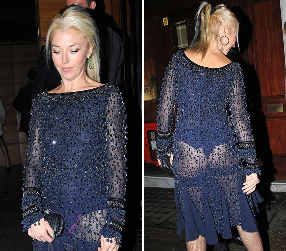Tamara Beckwith színésznő kék flitteres ruháját húzta fel olyan szerencsétlenül, hogy kivillant rózsaszín bugyija.