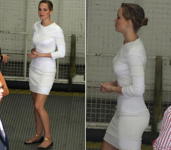 Mióta vékonyabb, szívesen visel feszülősebb miniruhákat.