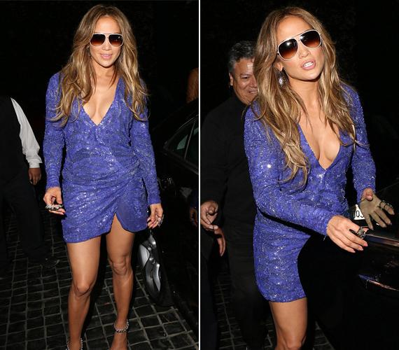 Jennifer Lopez miniruhája nem sokat bízott a véletlenre.