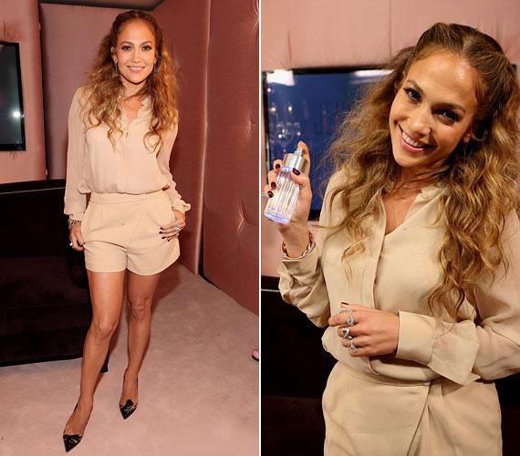Május 10-én új parfümjét, a Glowing by J.Lo-t népszerűsítette.