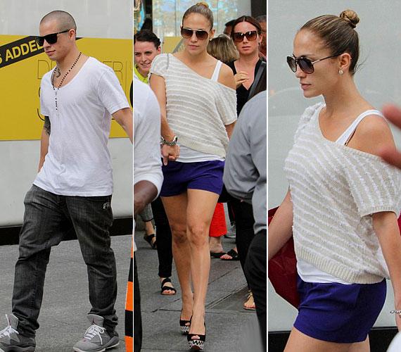Előző nap egy kék minisortban lépett az utcára, táncos kedvese kézen fogva vezette.