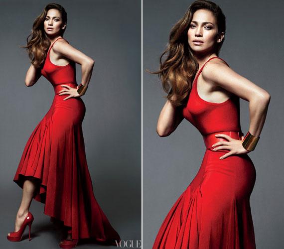 A Puerto Ricó-i származású énekesnőnek remekül áll a vörös.
