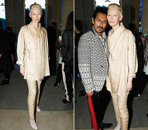 Az 54 éves színésznő, Tilda Swinton talpig aranyban jelent meg kedd este a párizsi divathét egyik rendezvényén.                         - Tilda, kedvesem, miért viselsz pizsamát? Ráadásul a sápadt, szellemszerű külső sem neked való már. Soha nem is volt! - írta egy hozzászóló.