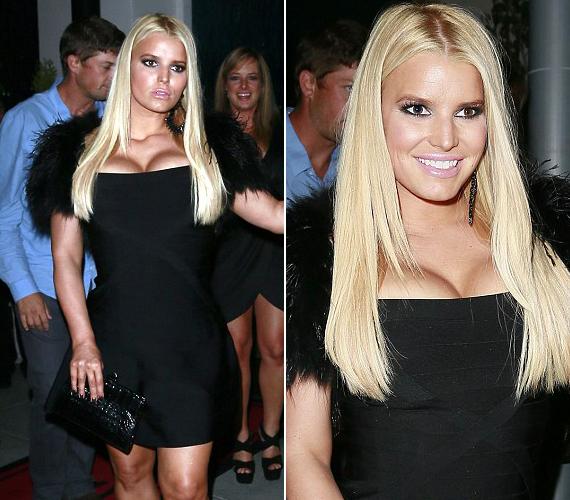 A 33 éves énekes-színésznő büszke súlyvesztésére, de talán vehetett volna fel egy számmal nagyobb ruhát.