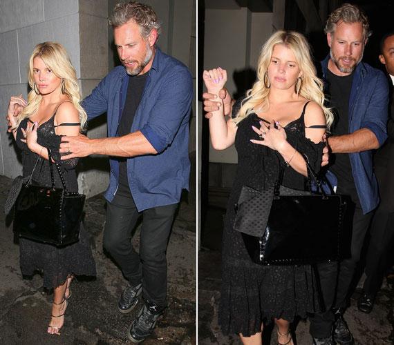 Jessica Simspont kénytelen volt férje, Eric Johnson két kézzel támogatni, amikor elhagyták a The Sayers nevű hollywoodi klubot.