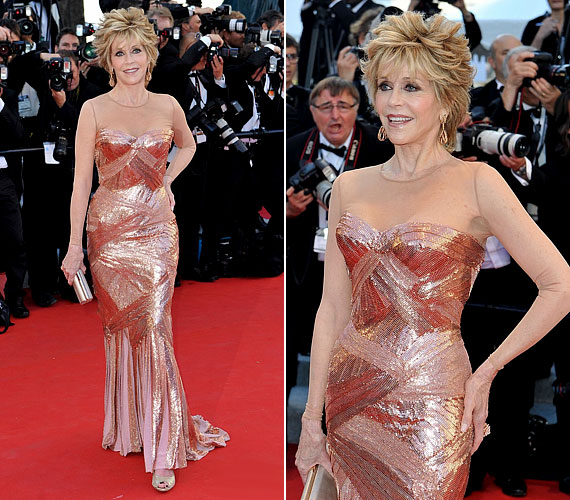 Jane Fonda 74 évesen olyan fitt, hogy még egy saját jóga DVD-t is megjelentetett nemrég.