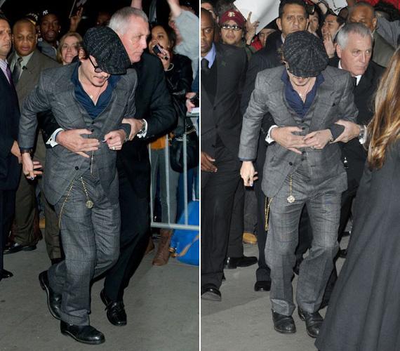 Lábai megroggyantak, szegény testőrnek a derekát átkulcsolva kellett tartania Johnny Deppet, hogy az össze ne essen.