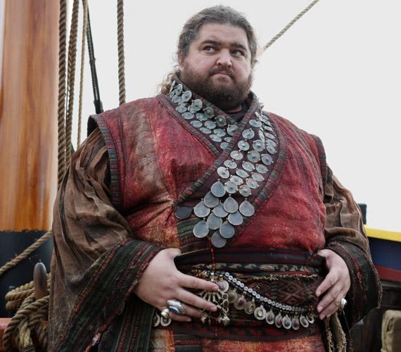 Az Egyszer volt, hol nem volt című sorozat második évadában ő alakította Antont, az óriást.