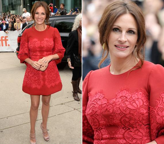 A színésznőnek hosszúak a lábai, amit szeret is hangsúlyozni rövidebb ruhákkal.