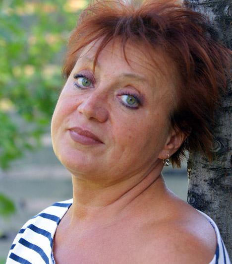 Csákányi Eszter  Kossuth-díjas színésznőnk a vásznon és a színpadon egyaránt évtizedek óta bizonyítja tehetségét, legutóbb a Dolcsaja vita című darabban láthatta a közönség.