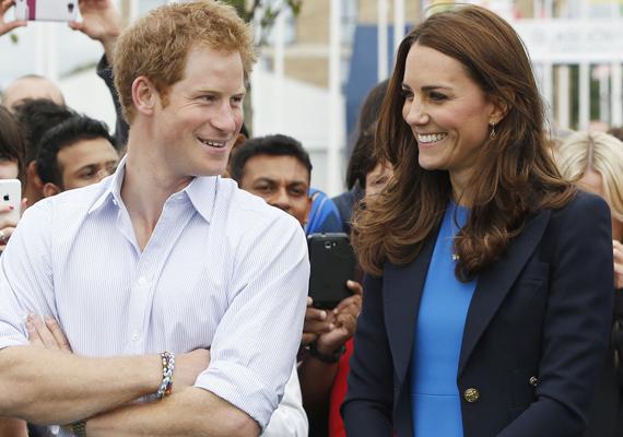 A 2012-es olimpia játékokon is jól szórakoztak, Harry végig nevettette Katalint.