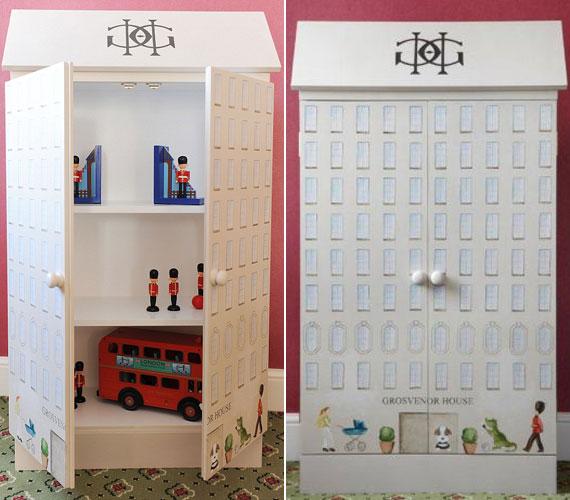 Még a polcos szekrényke is mesésen dekorált, benne pedig bobbyk és a híres piros, emeletes, londoni busz kapott helyet.