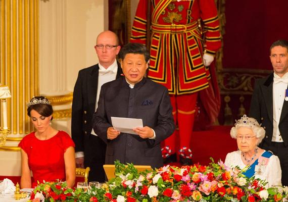 A Kínai Népköztársaság elnöke beszédében hangsúlyozta, hogy mennyire sokra tartja az országok közti szoros barátságot.