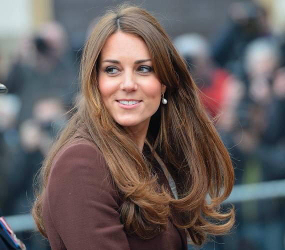 """A britek kedvence, Katalin hercegnő eladó volt a Jigsaw divatmárkánál. Miután ott felmondott, úgy gondolta, fotósnak áll. 2011 óta azonban """"főállású hercegnő""""."""