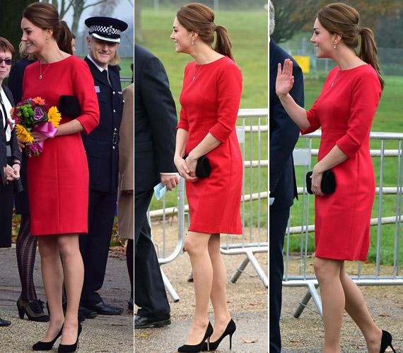 Piros ruhájában sem sok látszik a pocakjából.