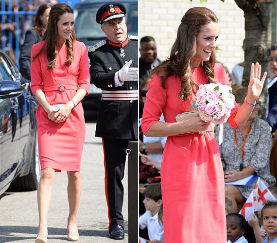 2014 júliusában a hercegnő az észak-londoni Blessed Sacrament iskolába látogatott el ebben az élénk színű Goat ruhában.