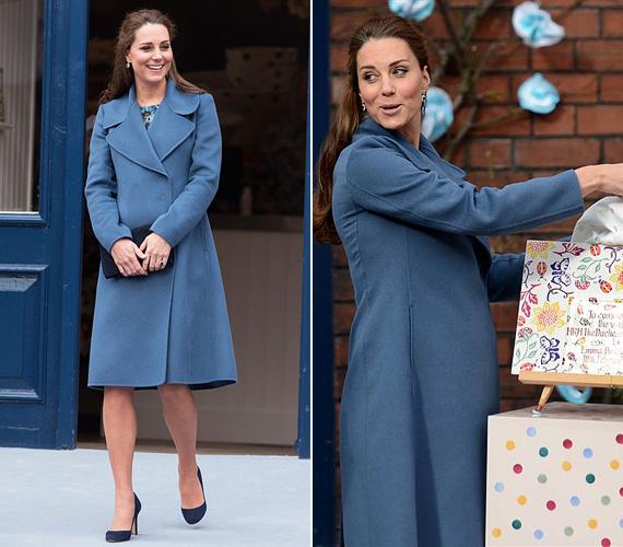Február 18-án délelőtt Stoke-on-Trentbe utazott el, és megnézte az Emma Bridgewater porcelángyárat. A jó hangulatú látogatásra egy Seraphine ruhába bújt.