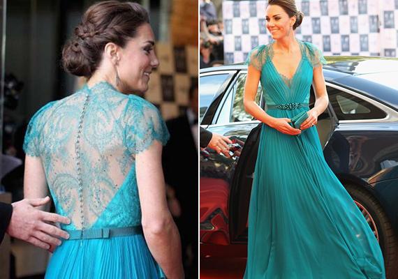 Egyik kedvenc tervezője, Jenny Packham tervezte ezt a gyönyörű, türkiz ruhát, amit 2012 májusában viselt.
