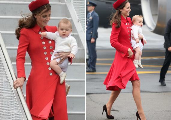 György herceg első, új-zélandi útján viselte ezt a Catherine Walker kabátot. A gombok nagyon feldobják a tűzpiros darabot.