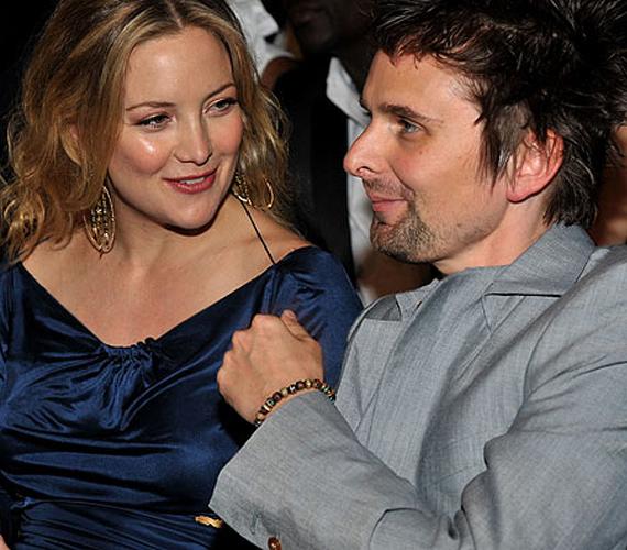 Kate Hudson és a rockzenész Matt Bellamy tavaly tavasszal kezdtek el randizni, idén nyáron pedig már első gyermekük is megszületett.