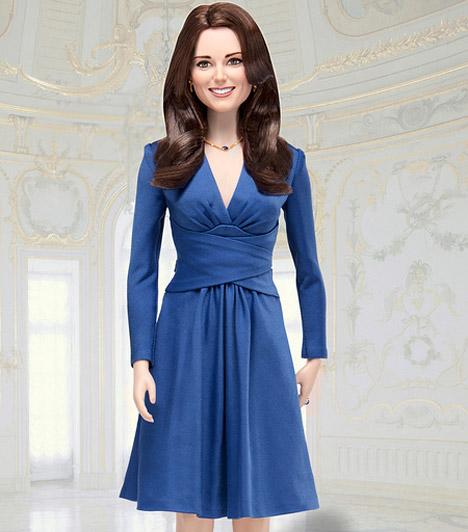 Kate-baba  2011 áprilisában a kék ruhás Kate Barbie-baba formájában is megjelent, körülbelül 35 fontért vásárolhatják meg a rajongók.