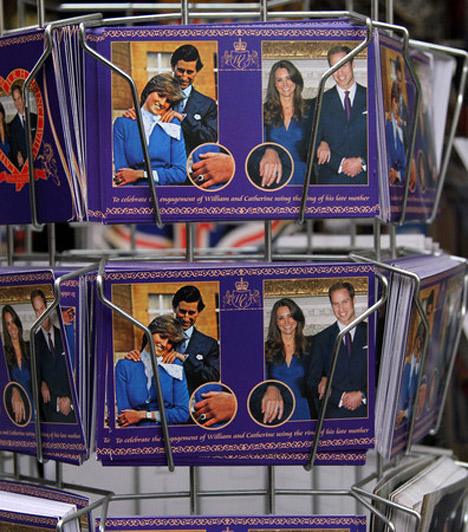 Minden róluk szól  Londonban külön szuvenírboltok nyíltak, melyekben a legkülönfélébb esküvővel kapcsolatos tárgyak várták a vevőket, de a szerelmeseket ábrázoló képeslap szinte minden sarkon kapható.