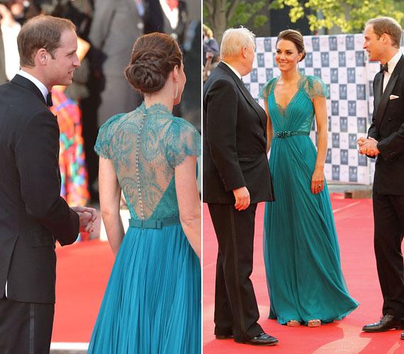 Az estélyre férje, Vilmos herceg oldalán érkezett, és rögtön fotósok hada vette körül.