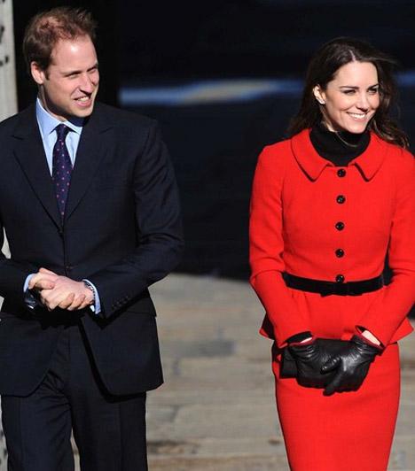 Vissza a kezdetekhez  Mindketten 2005-ben, a St. Andrews Egyetemen diplomáztak, így örömmel tértek vissza az öreg almamáterbe, hogy megünnepeljék a rangos intézmény fennállásának 600. évfordulóját.  Kapcsolódó cikk: Kínos! Kate Middleton olyat mutatott, amit nem akart »