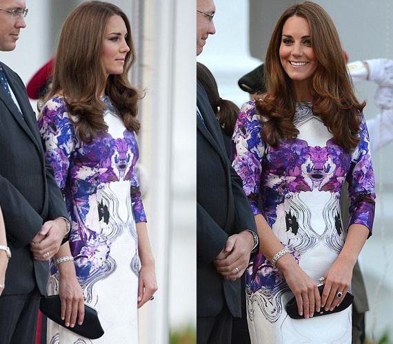 A hercegné lila mintás selyemruháját egy szingapúri tervező, Prabul Gurung készítette.