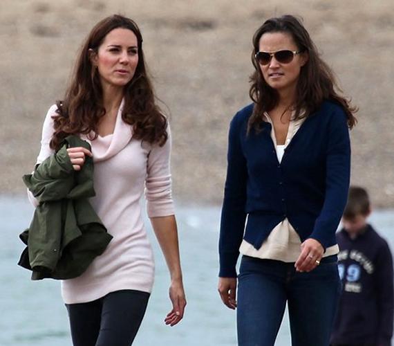 Az esküvő óta ritkán látni együtt a Middleton-nővéreket, ugyanakkor Pippa is hatalmas népszerűségnek örvend a briteknél.