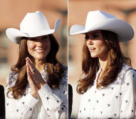 Az elegáns darabok mellett ez a vagány cowboykalap is remekül áll Kate-nek, melyet kanadai körútjuk alkalmával viselt egy rodeón.