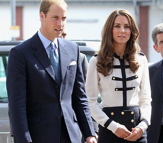 Vilmos herceg és felesége komolyan veszik hivatali kötelességeiket, a zavargások miatt látogattak el Birminghambe.