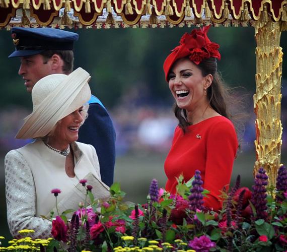 Katalin hercegnő láthatóan remekül szórakozott Kamillával is.