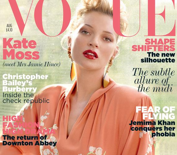A szőkeség újra nagy kedvenc lett a Vogue-nál, nemrégiben a brit kiadás kérte fel őt címlaplánynak, az a fotósorozat is csodásan sikerült.