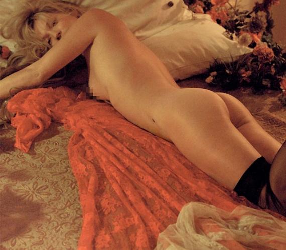 A botrányos magánéletéről és drogproblémáiról híres modell kezesbáránynak tűnik a fotókon.
